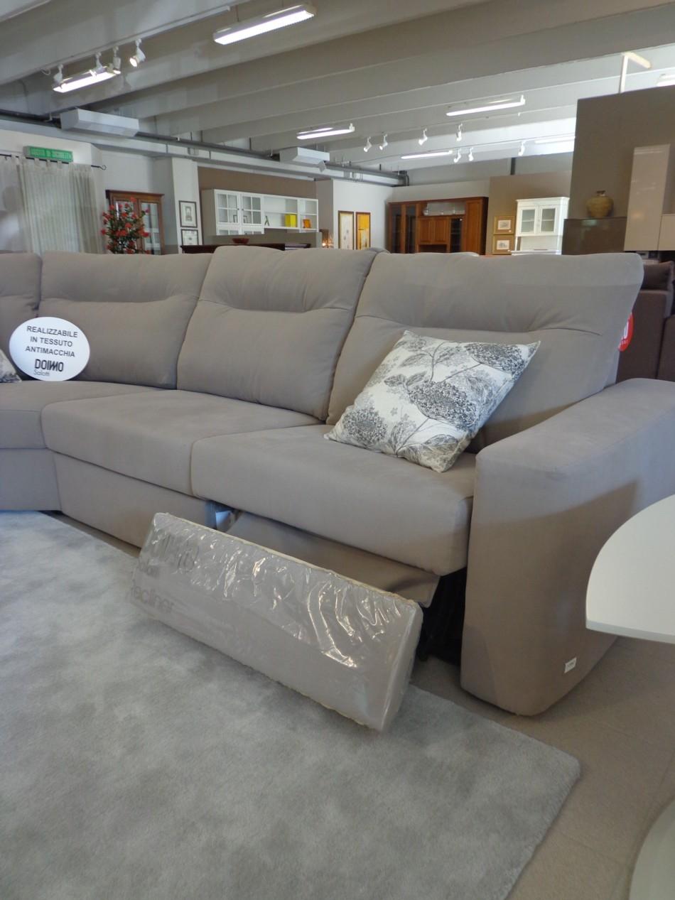 Divani opium sottocosto divani a prezzi scontati - Rivestimento divano costo ...