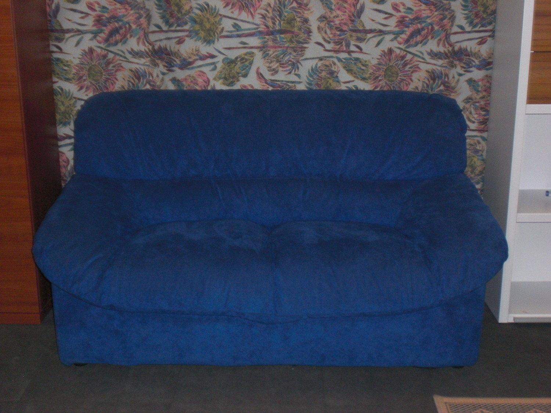Divano 2 posti in alcantara divani a prezzi scontati - Divano in alcantara ...