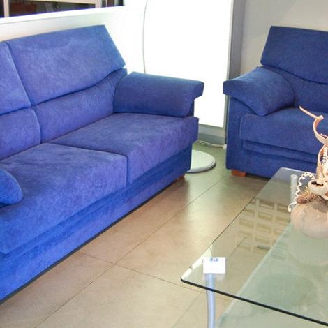Divano alberta salotti scontato divani a prezzi scontati - Divano in alcantara ...