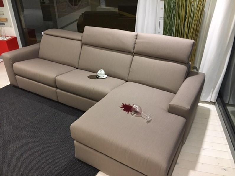 Divano con penisola doimo modello marvin scontato del 50 - Tessuto rivestimento divano ...
