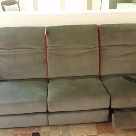 Divano a tre posti con relax elettrico divani a prezzi for Lunghezza divano tre posti