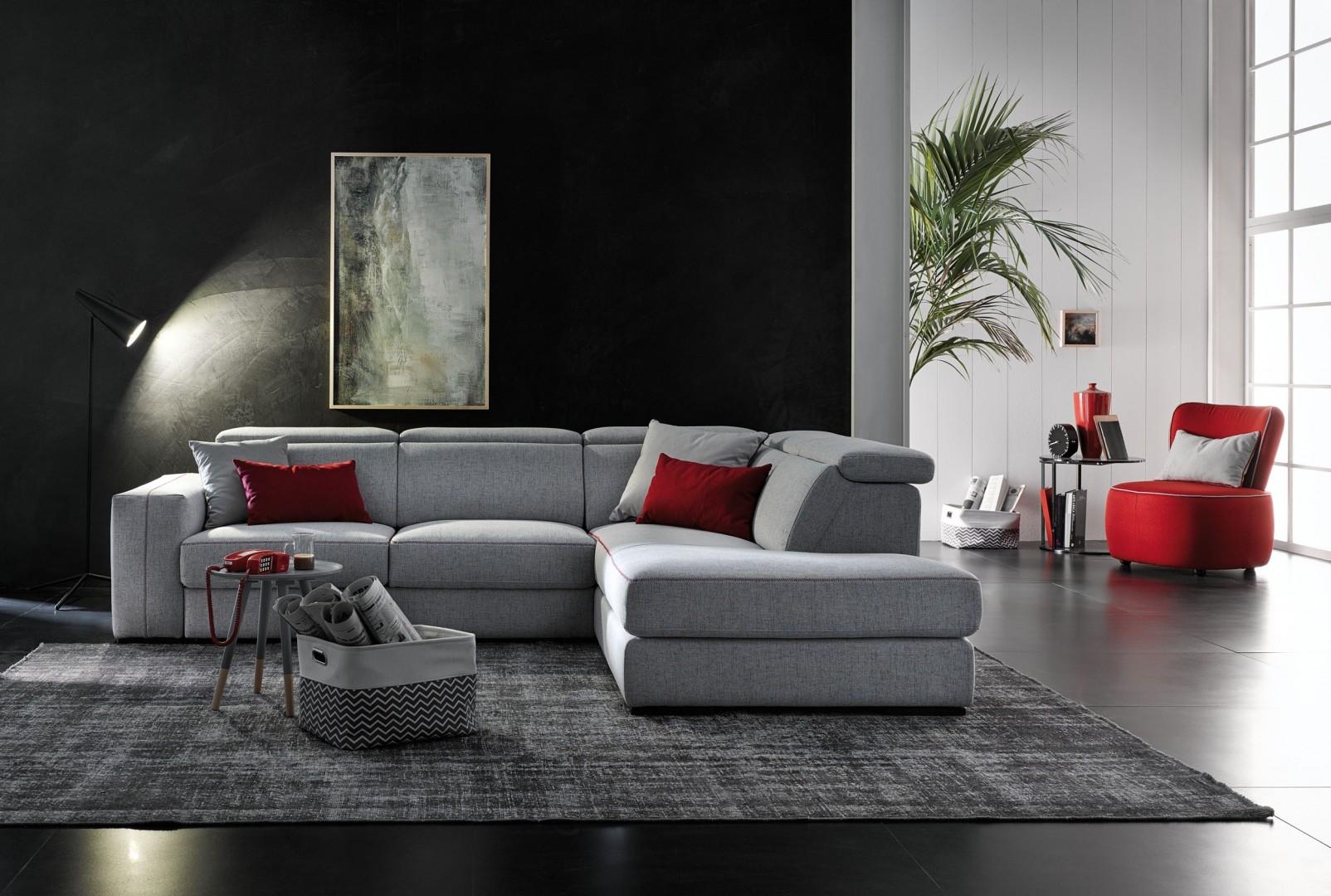 Divano ad angolo con meccanismo modello astor scontato del for Prezzi divani moderni