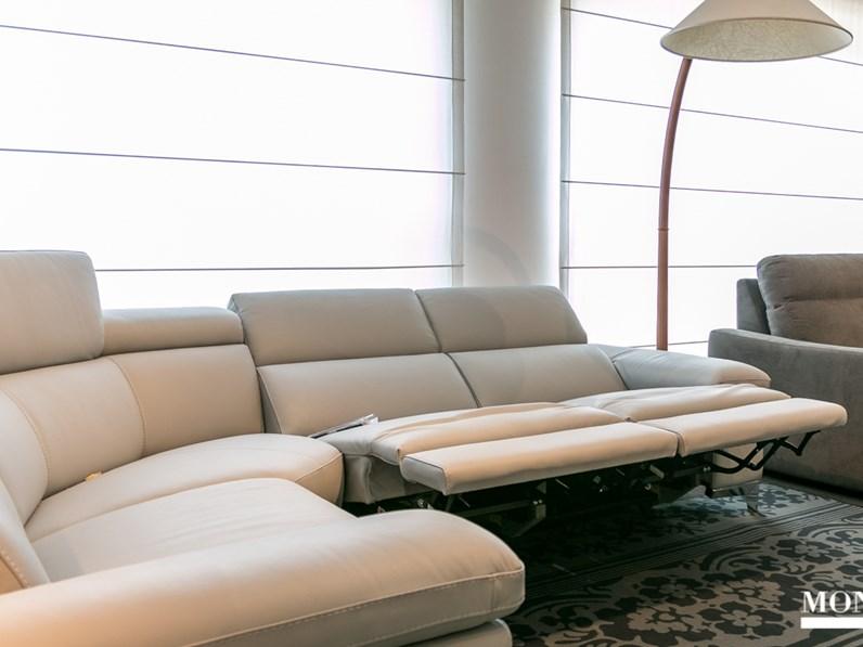 Divano ad angolo con meccanismo relax nicoletti modello megan scontato del 45 - Dimensioni divano ad angolo ...