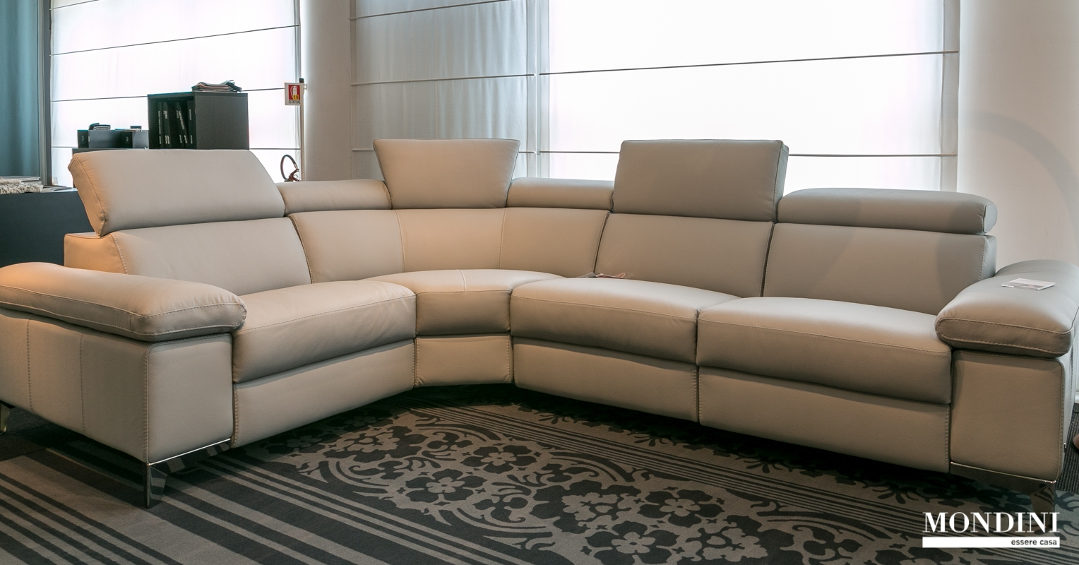 Divano ad angolo con meccanismo relax nicoletti modello for Rivestire divano ad angolo