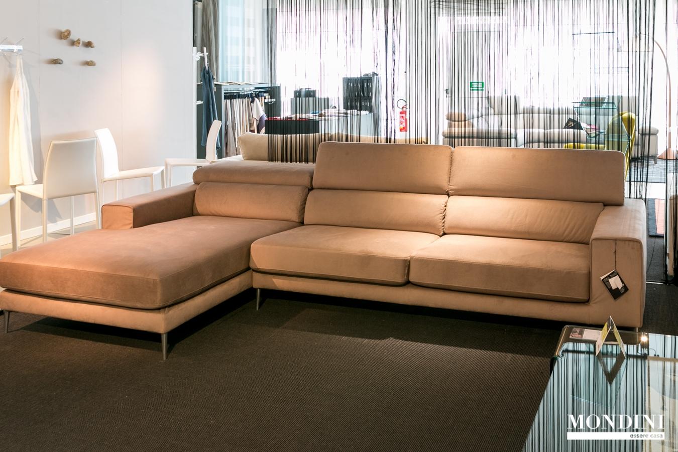 Divano ad angolo ditr italia modello anderson scontato - Dimensioni divano ad angolo ...
