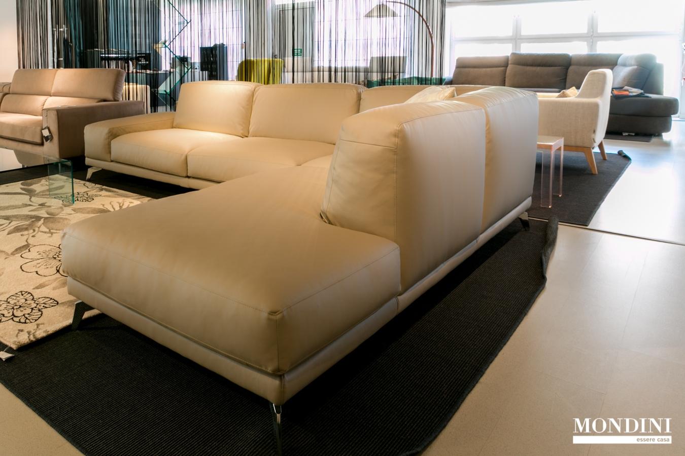 Divano ad angolo ditr italia modello shade scontato del 45 divani a prezzi scontati - Dimensioni divano ad angolo ...