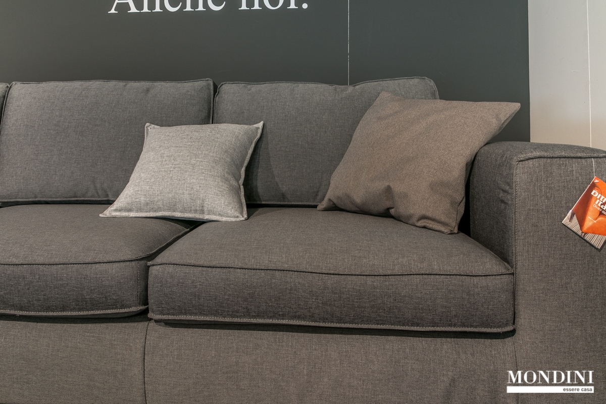 Divano ad angolo ditr italia modello william scontato del 45 divani a prezzi scontati - Divano ad angolo prezzi ...
