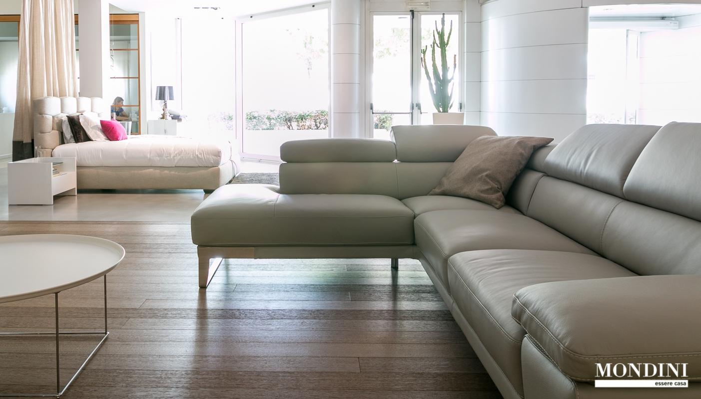 Divano ad angolo nicoletti modello domus scontato del 45 for Prezzi divani ad angolo
