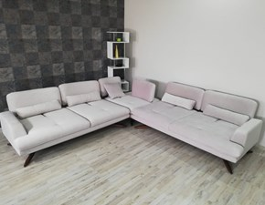 Divano angolare Astro Divani store a PREZZO OUTLET