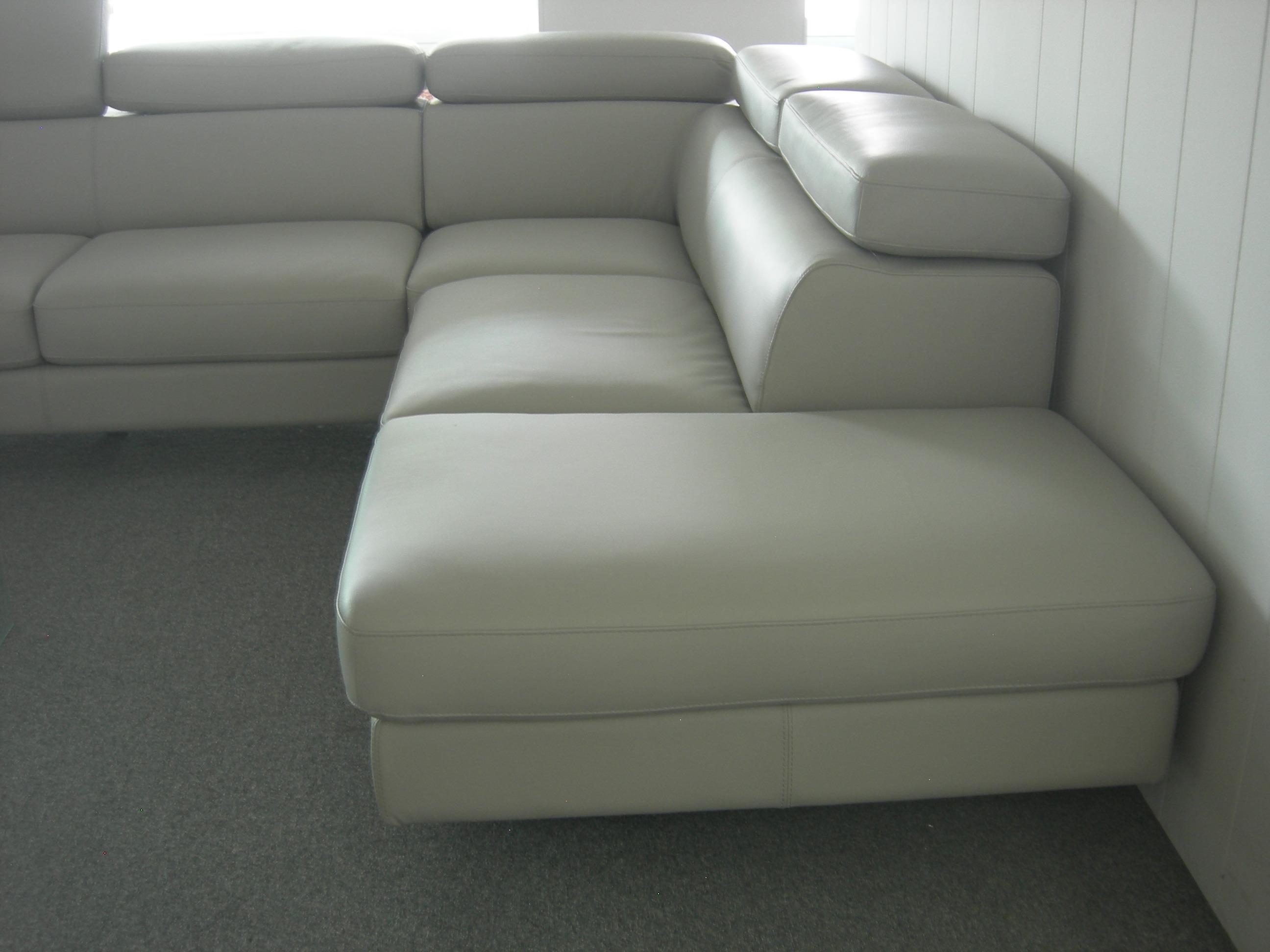 Divano angolare canova divani a prezzi scontati - Dimensioni divano angolare ...