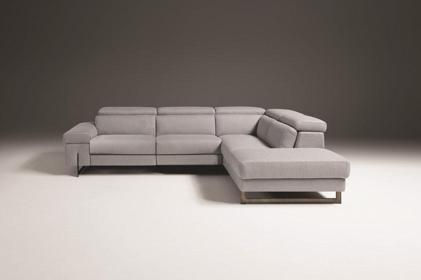 Divano angolare con un relax e schienali reclinabili in - Divano angolare prezzo basso ...
