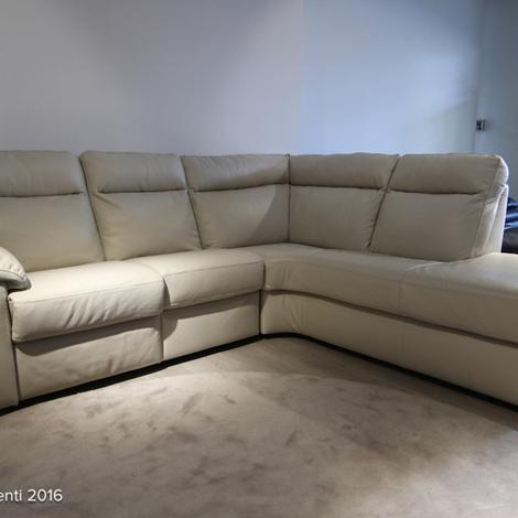 Divani divani sirio angolare in pelle con relax divani a - Divano relax prezzi ...