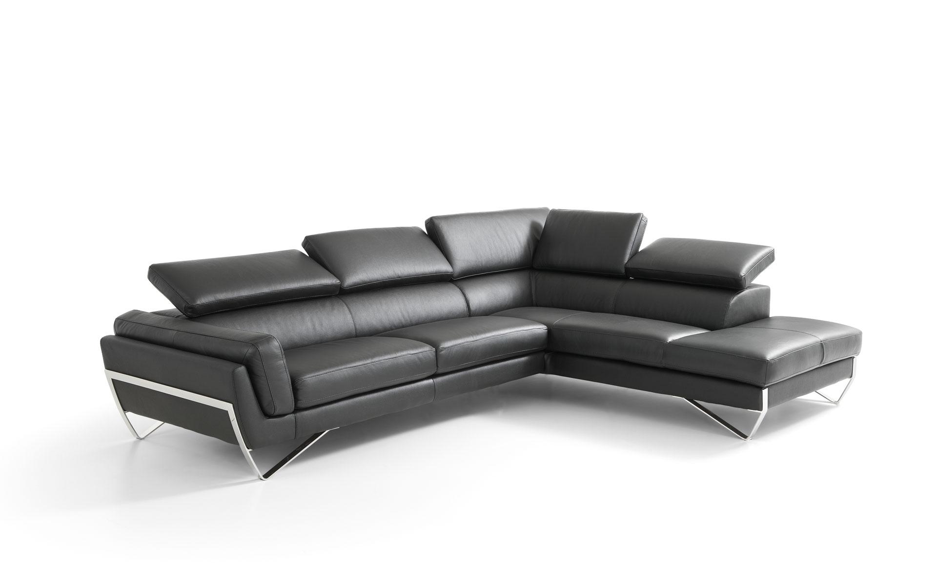 Divano angolare in pelle moderno con poggiatesta reclinabili in promozione divani a prezzi - Divano moderno angolare ...