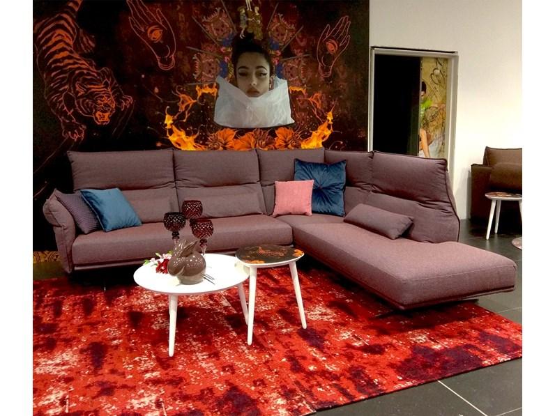 Divano angolare in stile Design Con seduta fissa in offerta