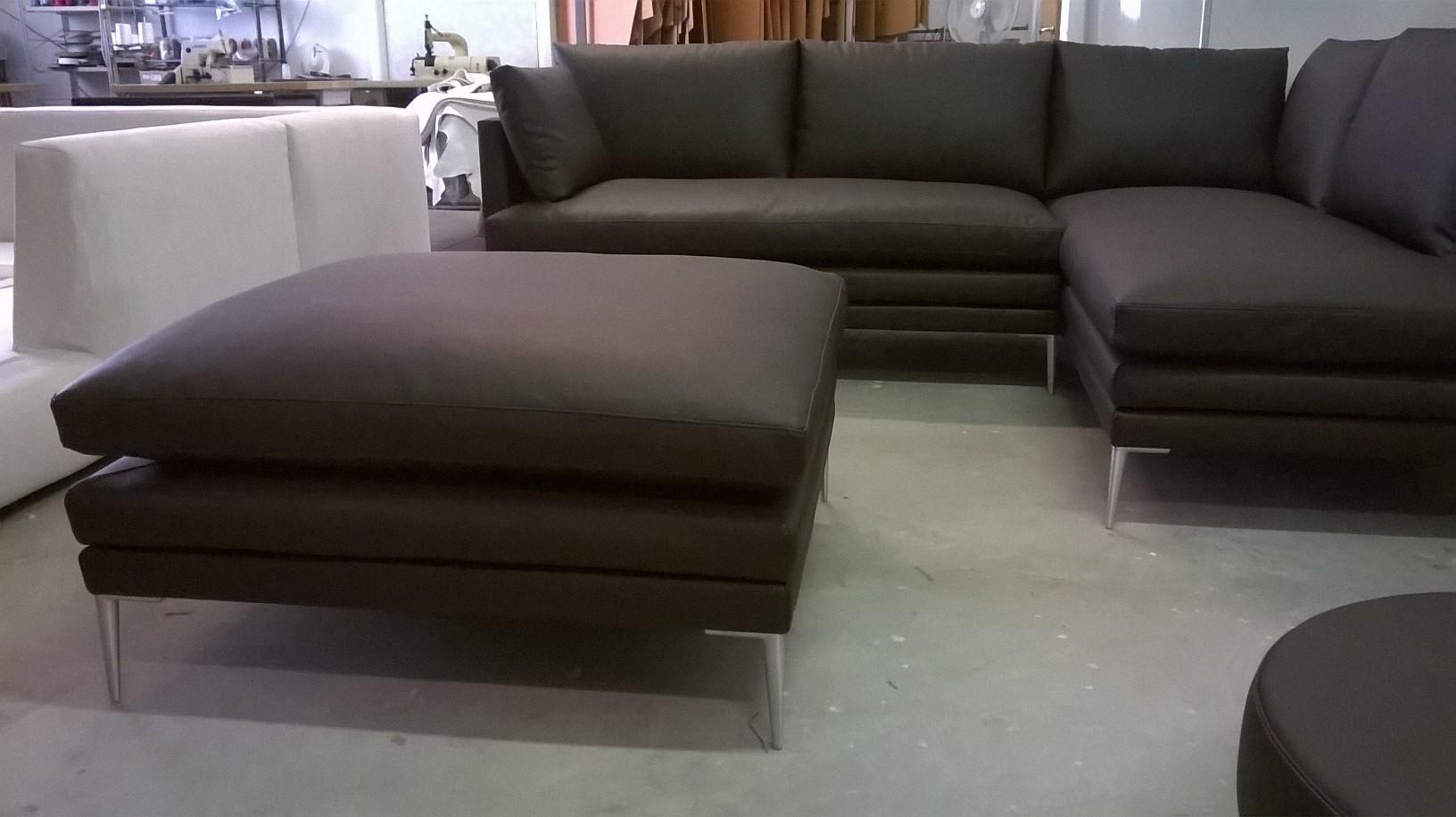 Divano angolare mod williams 50 divani a prezzi scontati - Divano angolare ...