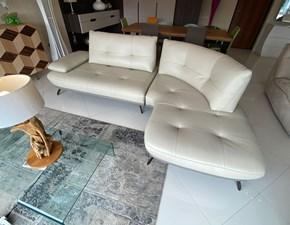 Divano angolare pelle in poliuretano  Max divani in Offerta Outlet