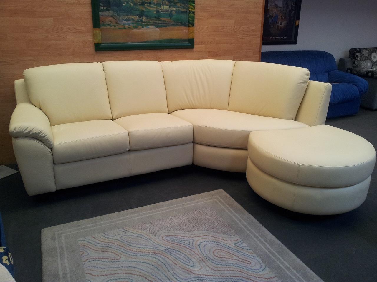 Divano angolare pelle divani a prezzi scontati for Divani e divani relax