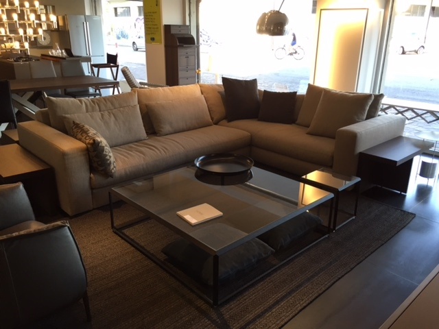 Divano angolare reversi xl scontato del 44 divani a prezzi scontati - Divano reversi molteni prezzo ...