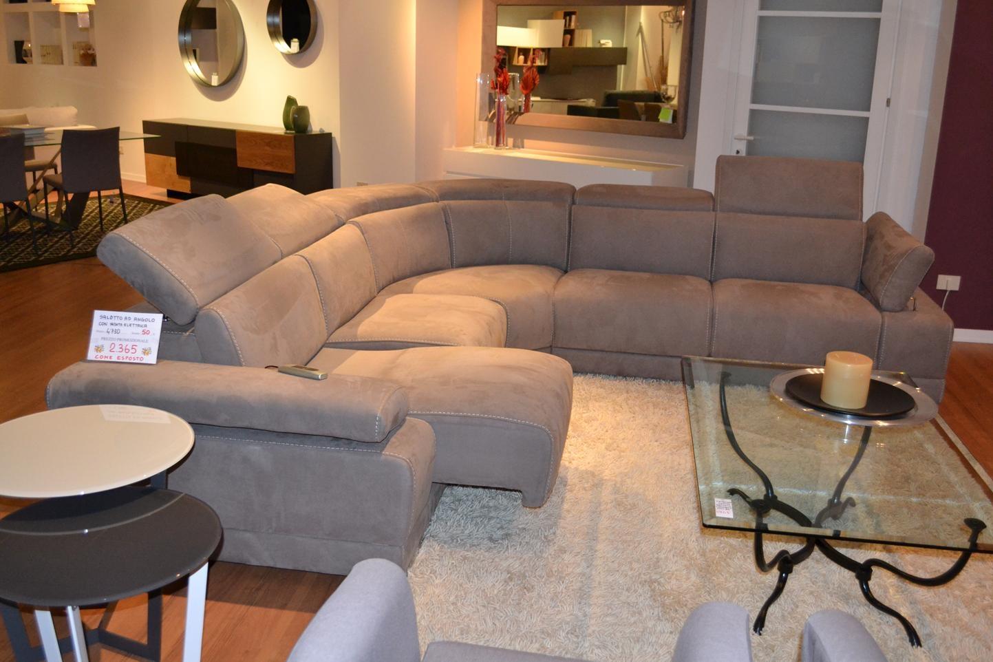 Divano angolo con relax elettrico divani a prezzi scontati for Divani e divani angolari prezzi