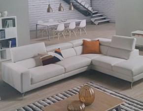 Outlet divani pelle sconti fino al 70 for Outlet del divano