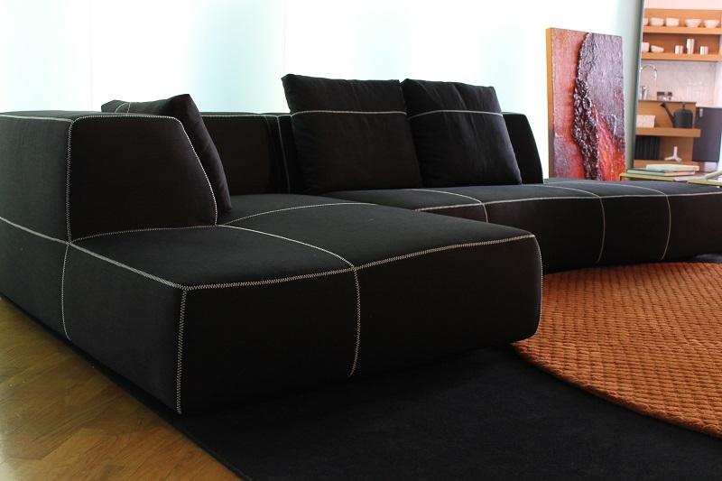 Divano b b divano bend sofa con pensilola b b italia tessuto divani a prezzi scontati - Divano letto b b italia ...