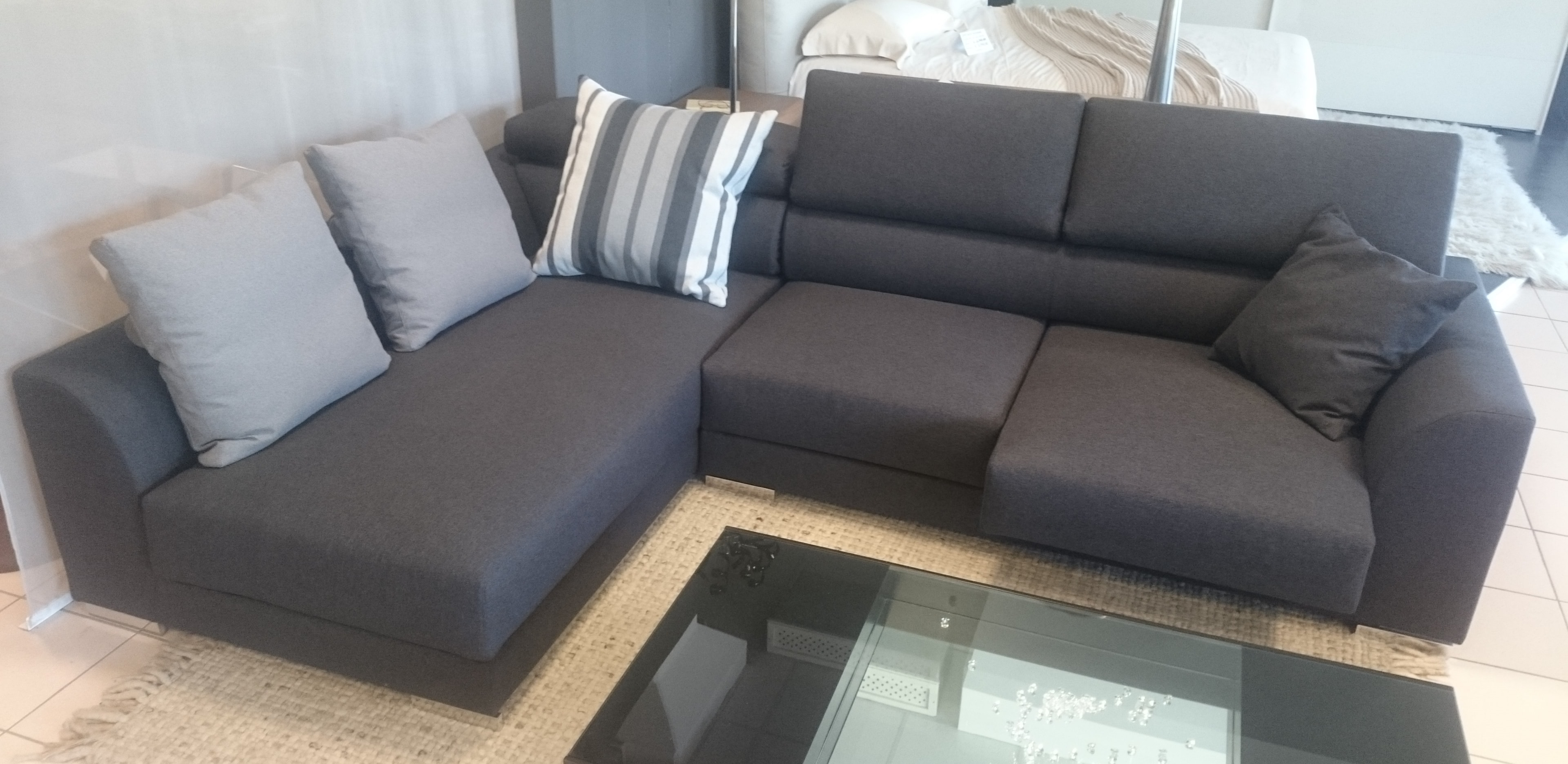 Divano biba master divano con penisola divani a prezzi - Divano a penisola ...