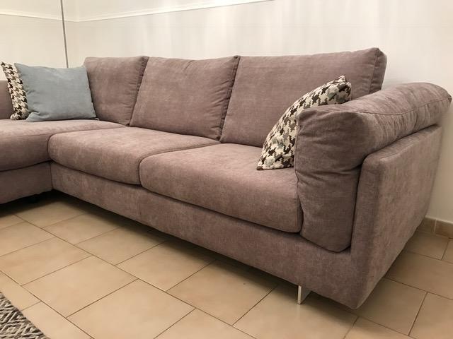 Emejing divano poco profondo gallery for Divani lunghi