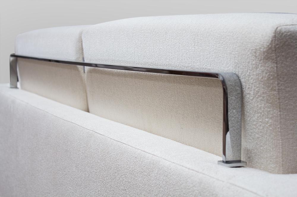Poltrona piedini in metallo oakland sedia poltrona con for Baxter poltrone prezzi