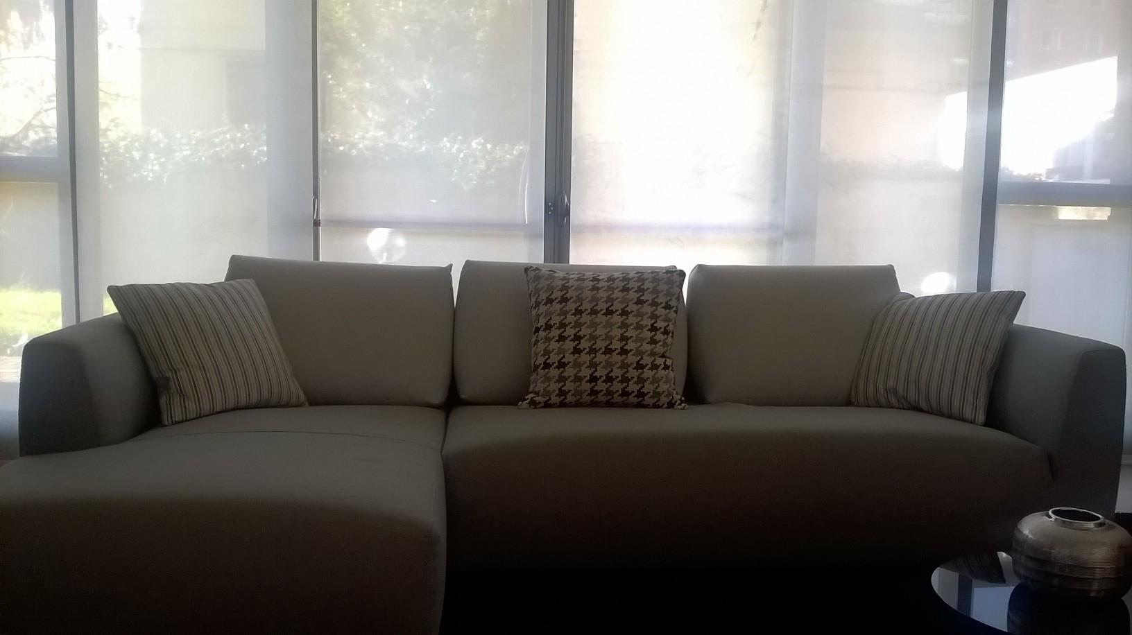 Divani Bianchi In Tessuto: Divano moderno bianco divani moderni ...