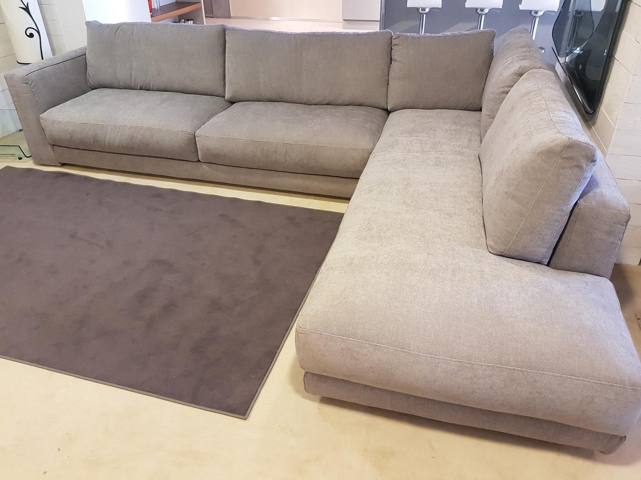 Divano bodema barclay scontato del 49 divani a prezzi for Outlet del divano