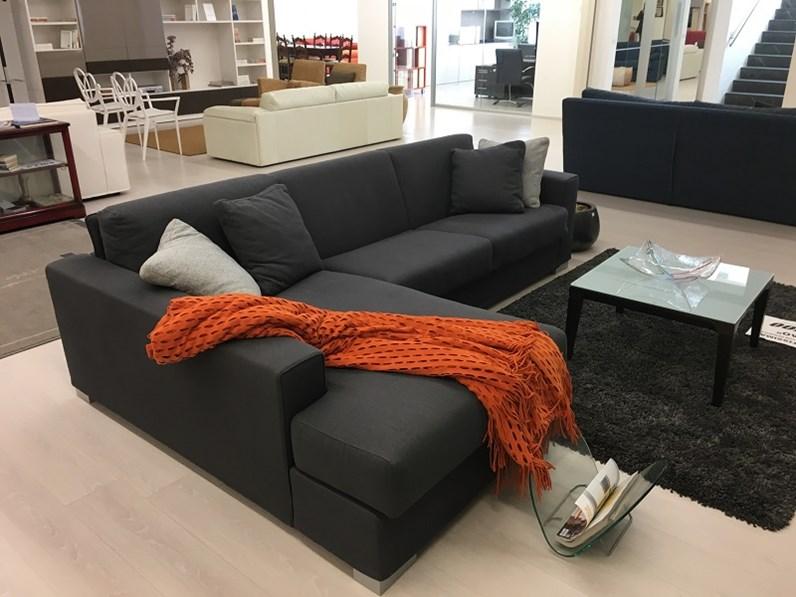 Divano bodema modello joao con chaise longue e letto interno - Divano letto con chaise longue ...