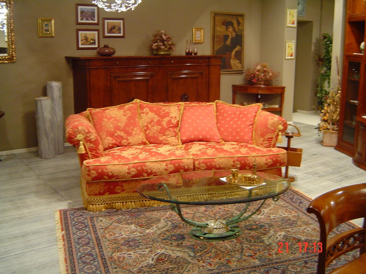 Divano busnelli golden wigs divani lineari tessuto divano for Divano prezzo
