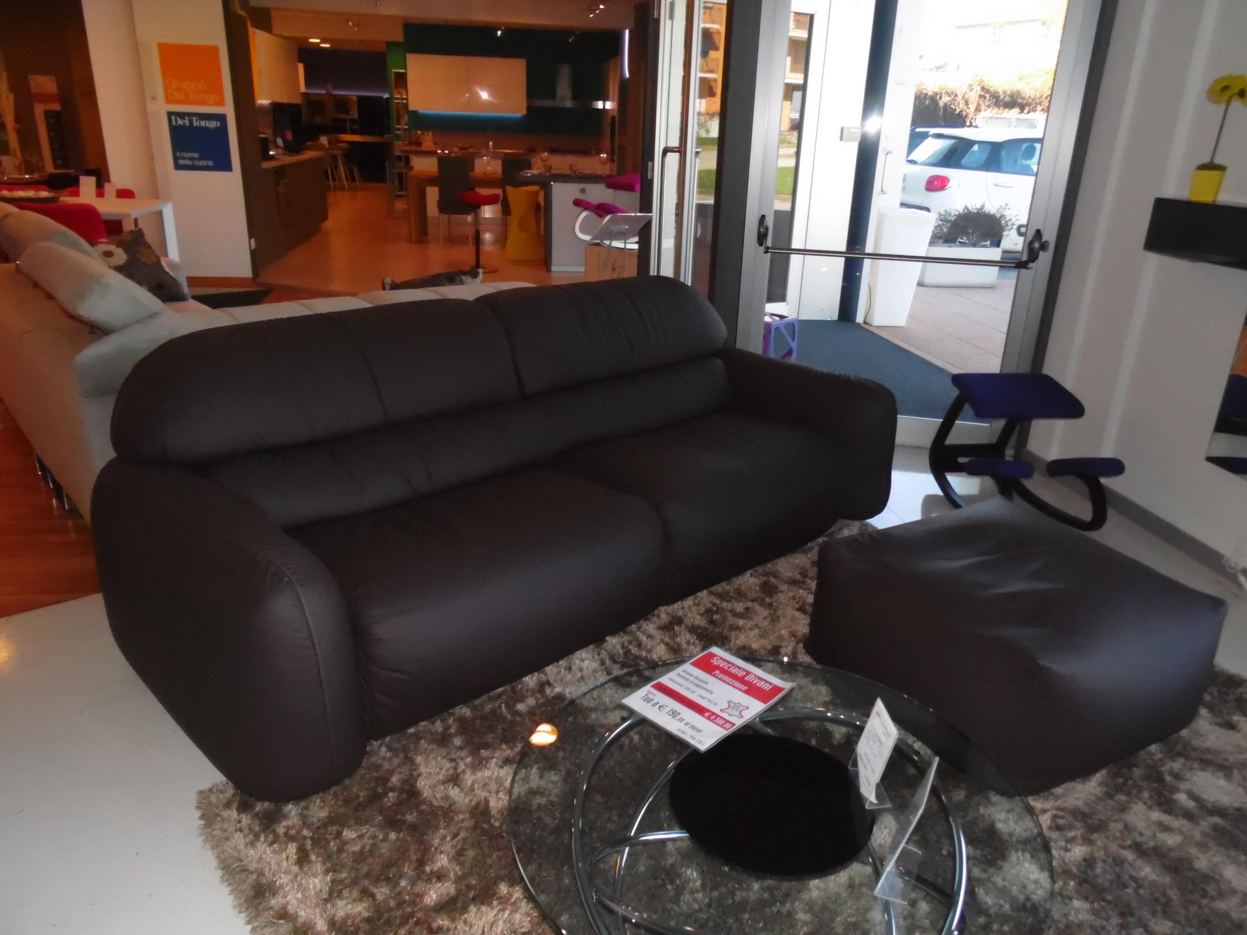 Divano busnelli granpiumotto scontato del 44 divani a for Outlet arredamento divani