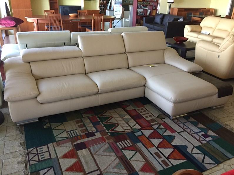 Divano calia divano calia modello pan pelle divani a for Calia arredamenti