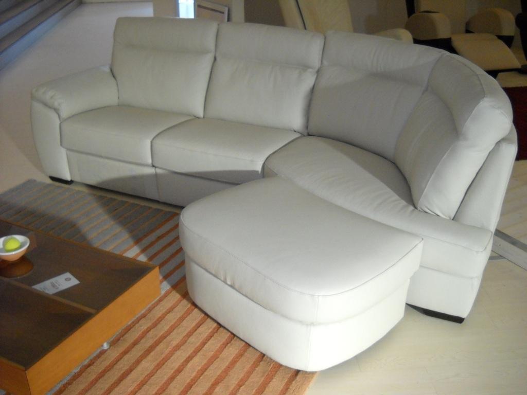 Divano charles di doimo sofas in offerta fino al divani a prezzi scontati - Doimo sofas prezzi ...