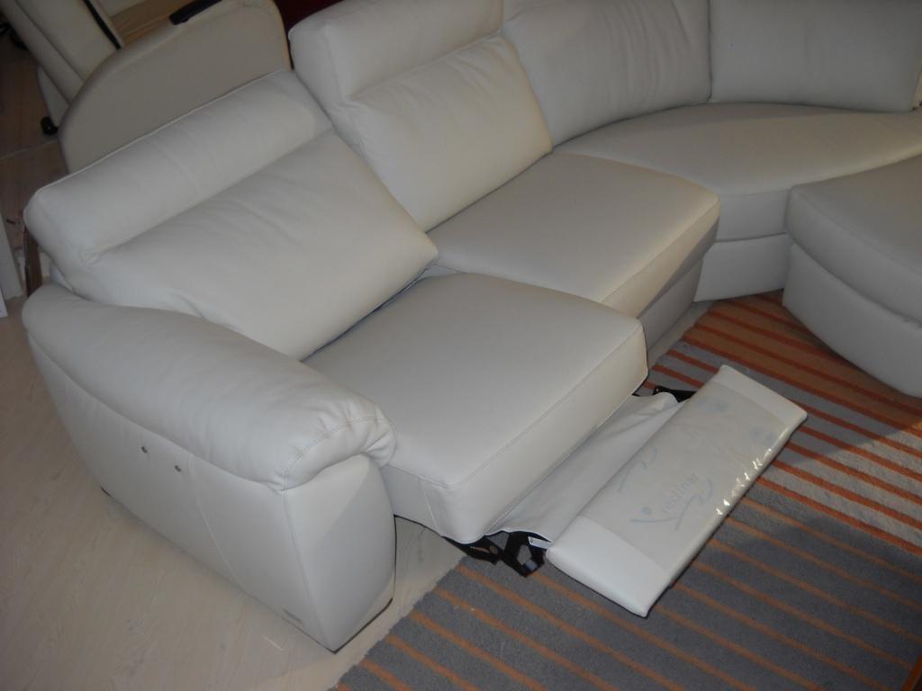 Divano charles di doimo sofas in offerta fino al for Divani sofa in offerta