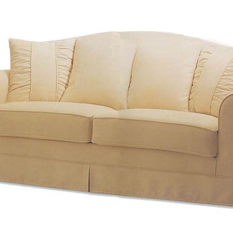 Divano classico 3 posti con mantovana divani a prezzi for Divani 2 posti prezzi