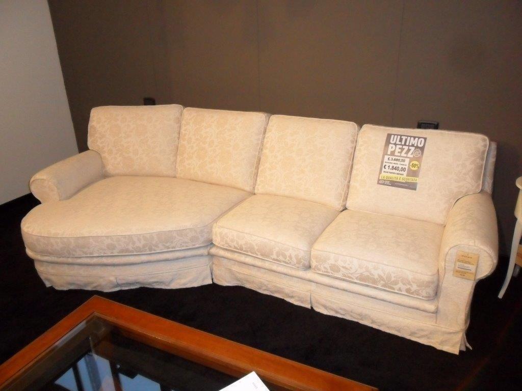 Divano classico in tessuto divani a prezzi scontati for Divano ufficio ikea