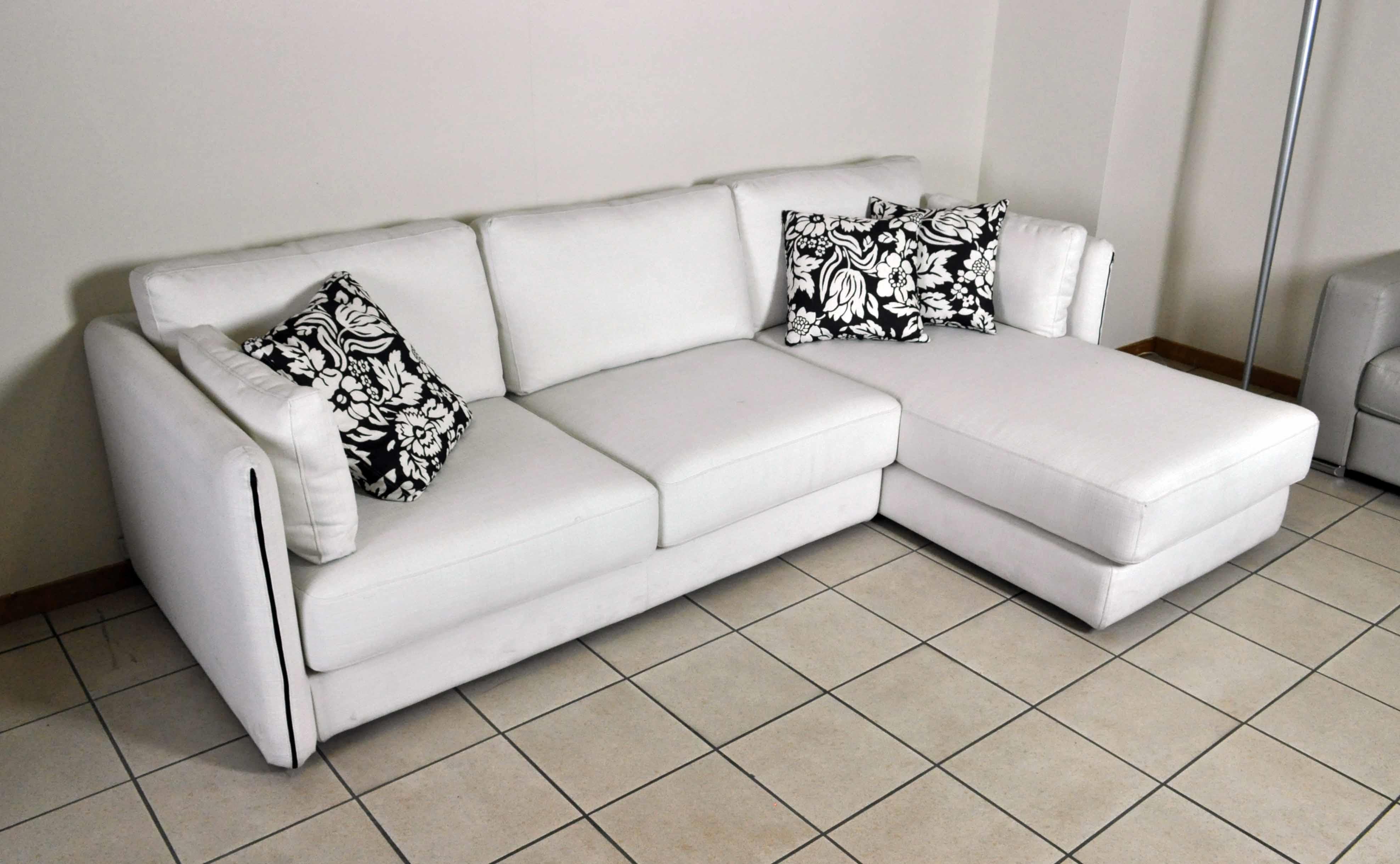 Pavimento nero marmorizzato - Opinioni divani ikea ...