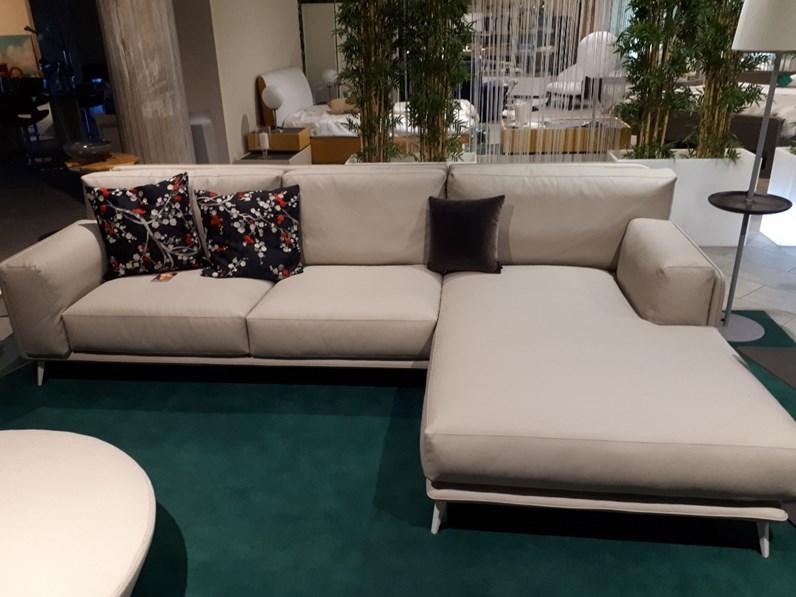 Divano con chaise longue di ditre italia - Divano 4 posti con chaise longue ...