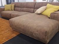 Occasioni by Gruppo Visma Arredo: divano in pelle vintage con penisola mod. Booman by Ditre Italia