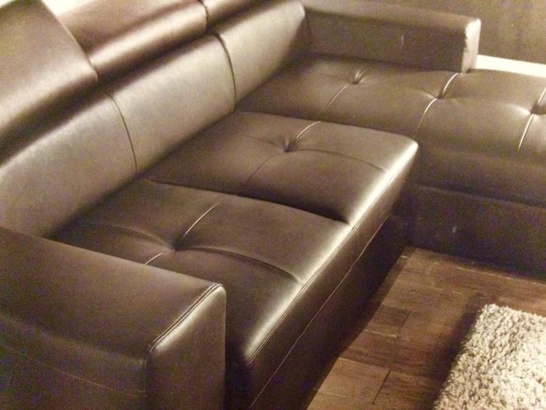 Divano con penisola divano letto artigianale offerta outlet - Divano pelle rigenerata ...