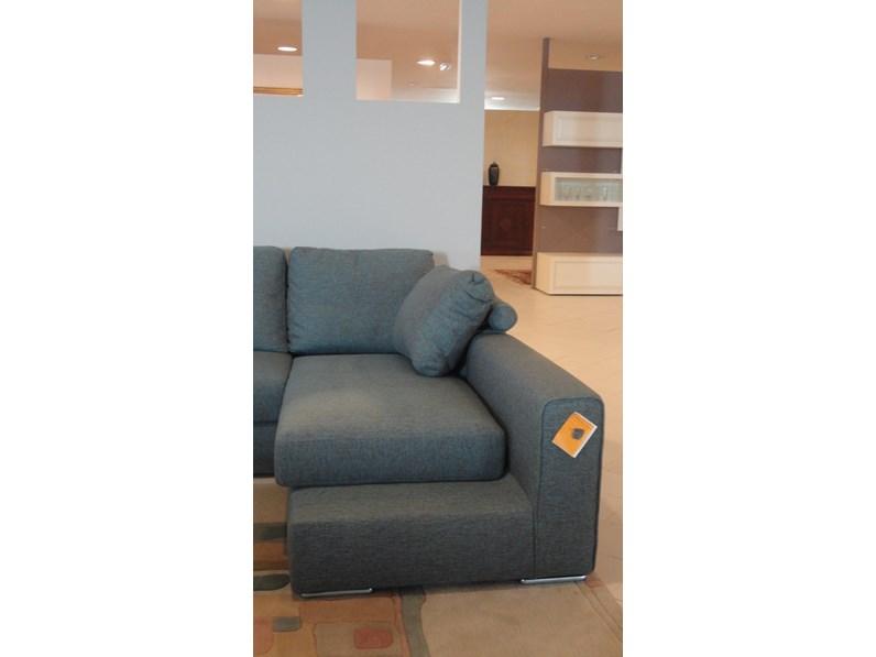 Divano con penisola icaro lecomfort prezzi outlet - Outlet del divano varedo ...