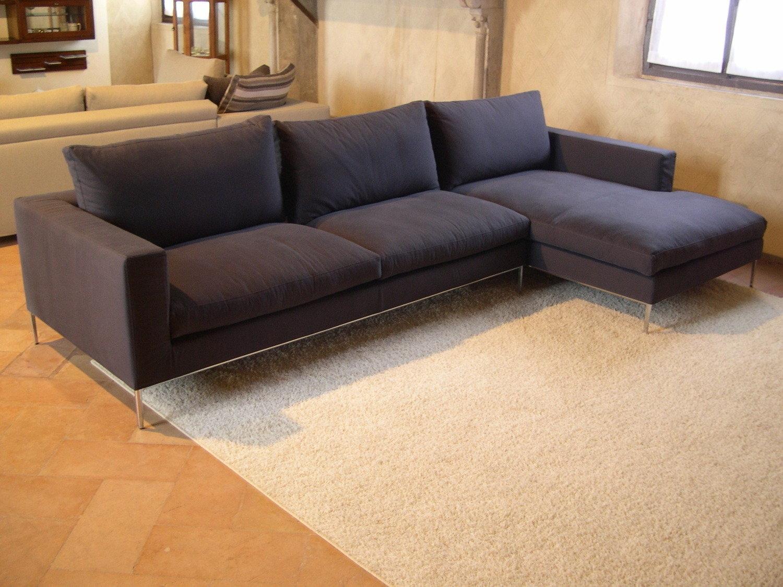 Divano con penisola in offerta divani a prezzi scontati for Prezzi divani ad angolo