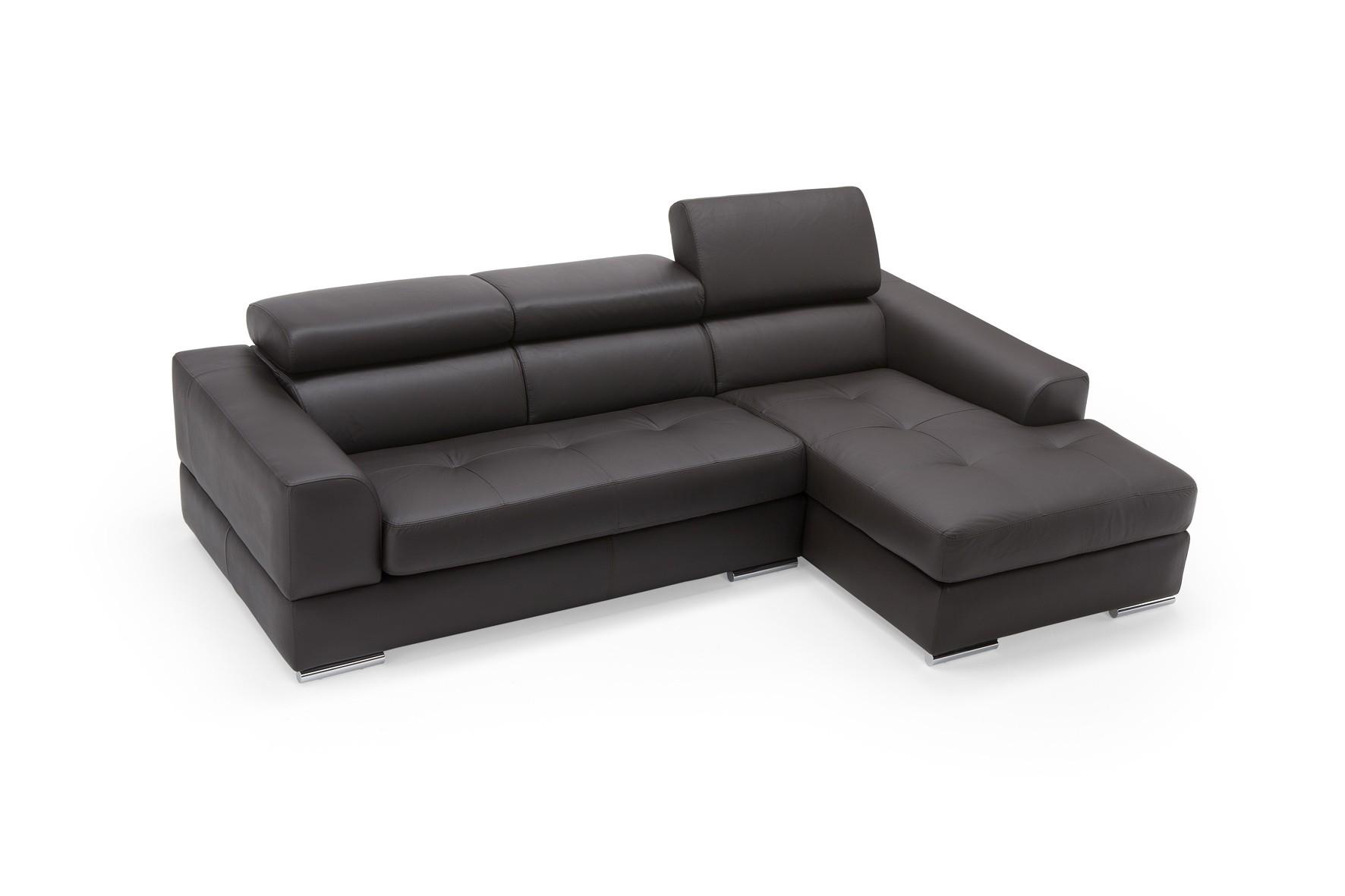 Divano pelle con chaise longue idee per il design della casa - Dimensioni divano con isola ...