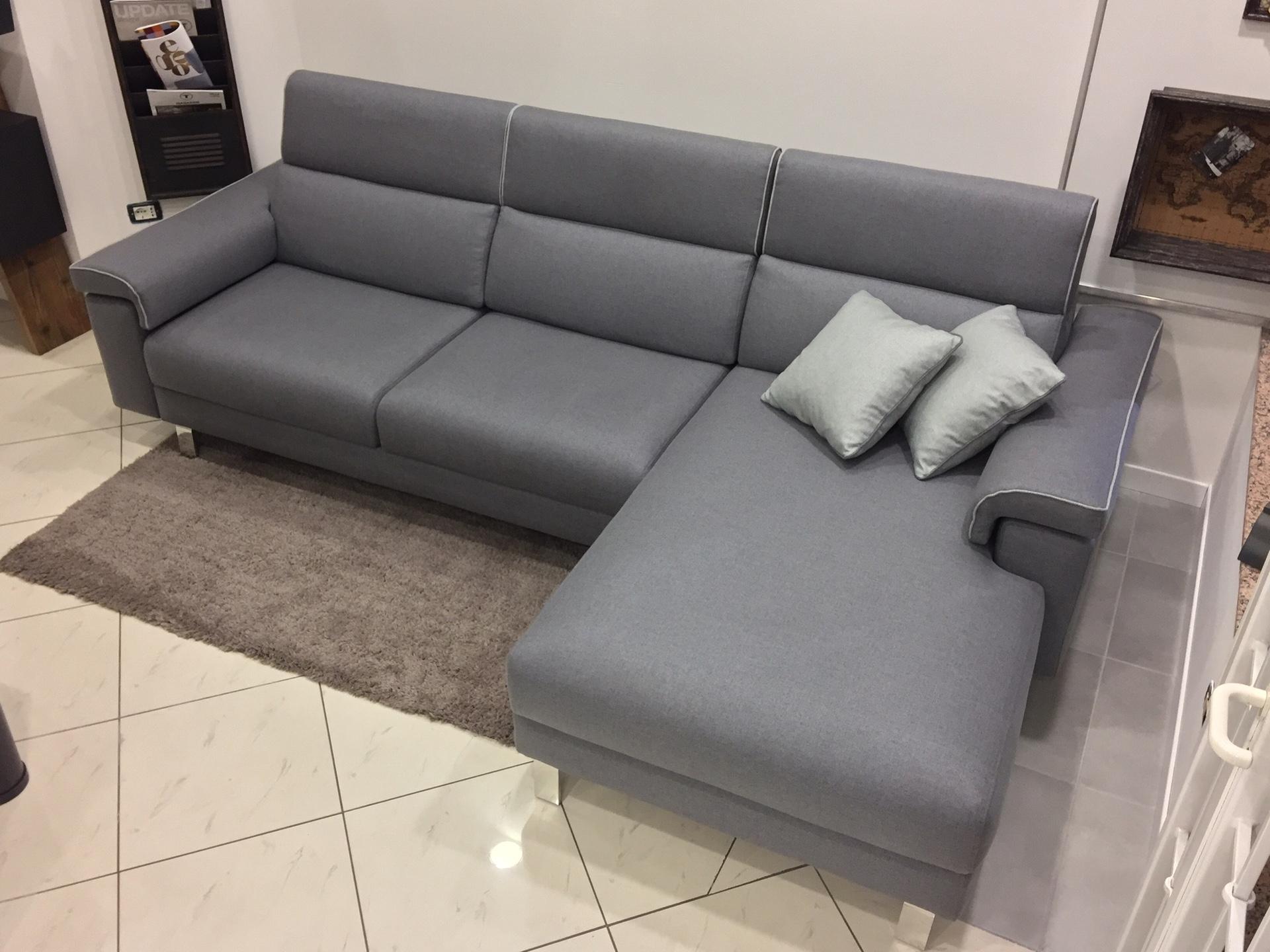 divano con penisola in tessuto grigio rizzetto salotti modello ... - Divani Con Seduta Allungabile