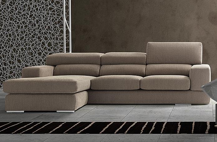 Divano con penisola samoa modello block divani a prezzi for Divani moderni con penisola