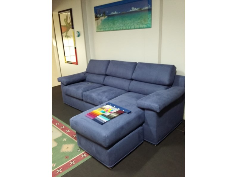 Divano con penisola nikky samoa in offerta outlet - Altezza quadri sopra divano ...