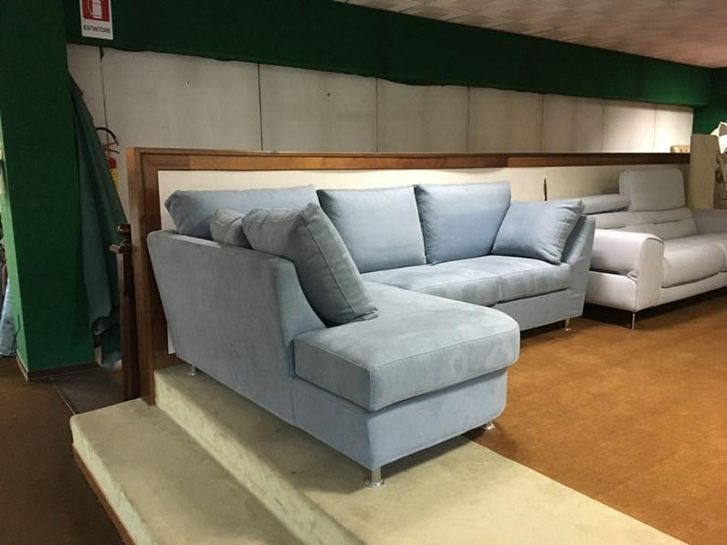Divano con penisola piccolo vama divani prezzi outlet - Piccolo divano imbottito ...