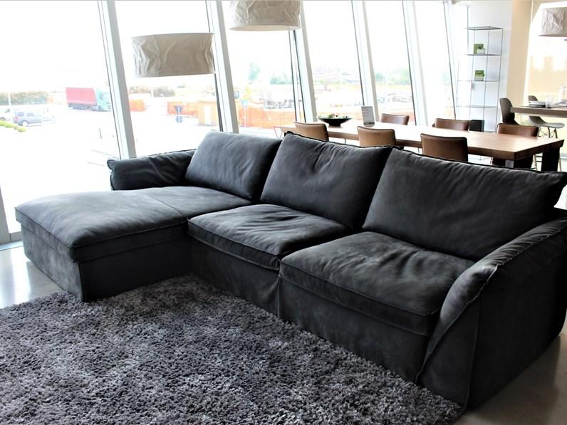 divano con penisola pitagora alberta salotti offerta outlet